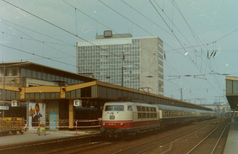 1982164.jpg